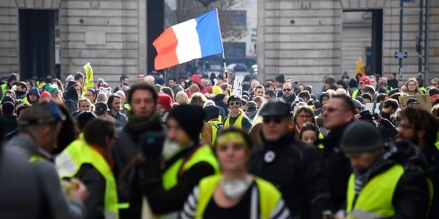 Des gilets jaunes manifestant à Rennes le 19 janvier 2019.