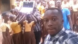Ce professeur ghanéen n'aura plus à dessiner Microsoft Word au tableau pour l'enseigner à ses