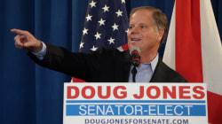 Doug Jones officiellement déclaré le vainqueur de l'élection sénatoriale en