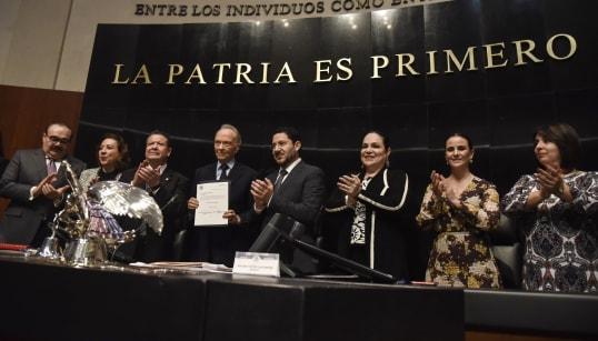 Acusan simulación en el proceso de designación de Gertz Manero como fiscal