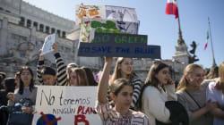 """""""Noi studenti ci siamo: Governo, guardaci"""" (L."""