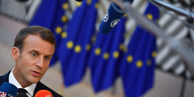 """L'accord """"de papier"""" sur les migrants ne satisfait ni l'opposition de gauche, ni l'opposition de droite."""