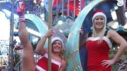Des danseuses de pole dance au marché de Noël de Brest:
