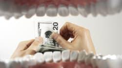 France: un homme arrêté avec 115 000 dollars dans son estomac aux