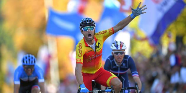 Alejandro Valverde champion du monde de cyclisme, Romain Bardet échoue à quelques centimètres