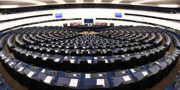 Le Parlement européen a rejeté le principe de listes transnationales aux européennes que défendait le président de la République.