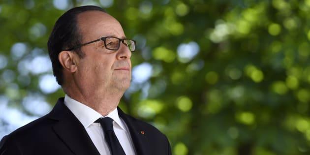 A l'instar de François Mitterrand 22 ans avant lui, il se rendra au siège du Parti Socialiste en quittant l'Elysée.