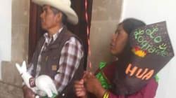 El festejo de una familia indígena por la graduación de su hija en México: '¡lo