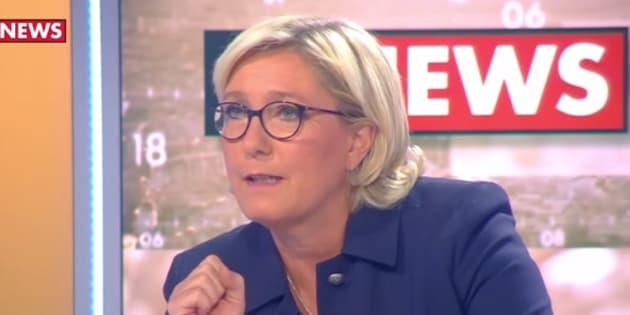 """Le Pen est """"désespérée"""" d'être interrogée chaque jour sur le """"CouscousGate""""."""