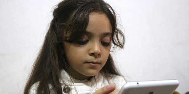 Bana Alabed, qui partageait son quotidien à Alep - ici le 12 octobre 2016 - rassure ses followers en réapparaissant sur Twitter