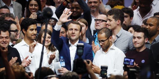 Emmanuel Macron, alors encore ministre de l'Economie, lors de son meeting de la Mutualité à Paris.