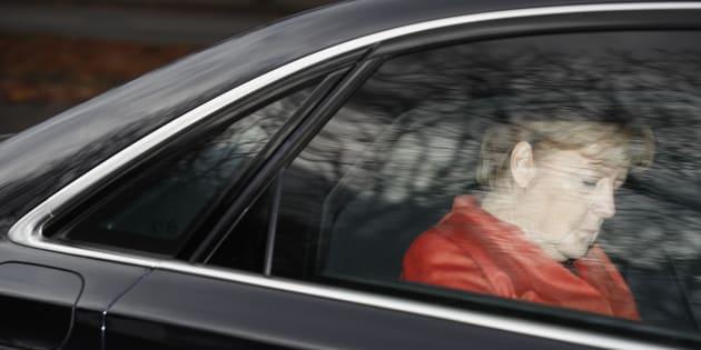 L'Allemagne d'Angela Merkel menacée à son tour par la crise du parlementarisme européen.