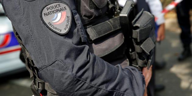 """Trappes: Une enquête ouverte pour """"assassinat"""" après l'attaque au couteau, la motivation terroriste incertaine"""
