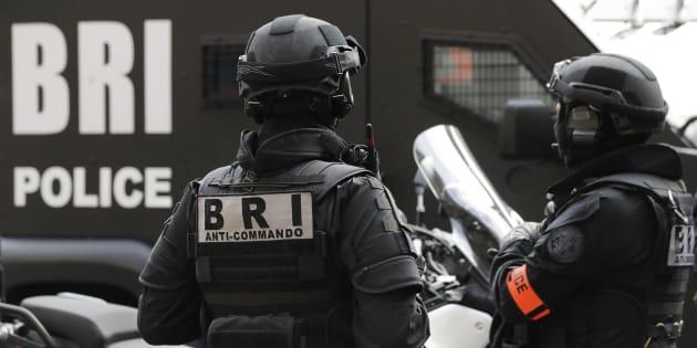Dix ans de prison pour avoir projeté un attentat contre des militaires à Toulon.