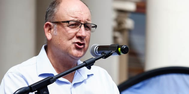 Bid to remove Mayor Athol Trollip collapses amid chaos