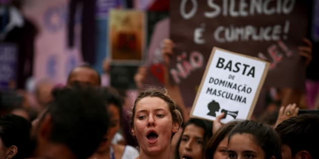 Protesto pelo combate à violência contra a mulher.