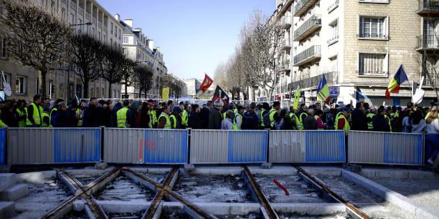 Trois ans de prison ferme, condamnation record pour un Gilet jaune — Caen