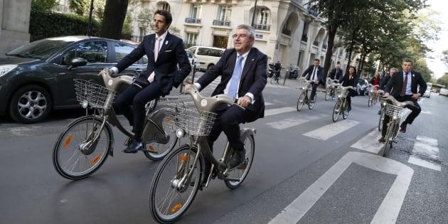 L'abonnement Vélib' pourrait grimper de 35% et le tarif horaire doubler, selon le Parisien