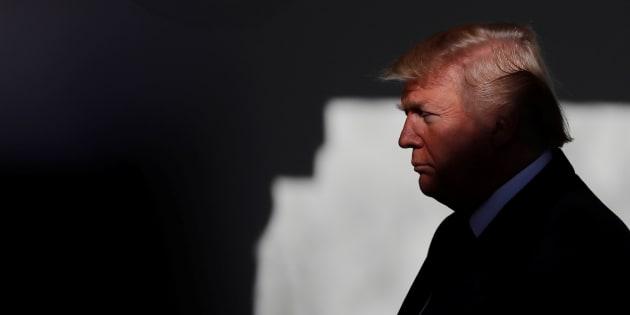 Sul muro non cambia nulla, pagherà il Messico — Trump su Twitter