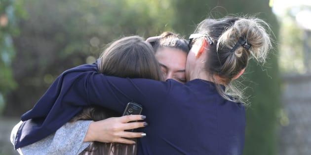 Les accès au lycée Tocqueville de Grasse avaient été complètement bloqués jeudi 16 mars, après la fusillade qui a fait 14 blessés légers.