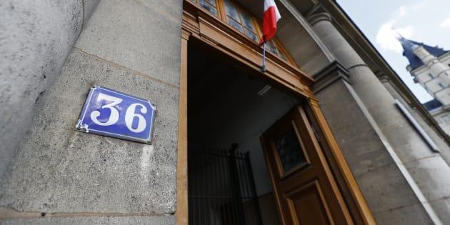 L'entrée de la direction régionale de la police judiciaire de Paris, au 36, quai des Orfèvres à Paris.