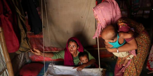 Selon le rapport d'Oxfam, 25 à 50 pour cent des décès maternels dans les camps de réfugiés sont causés par des avortements non sécuritaires et par les complications qui y sont associées.