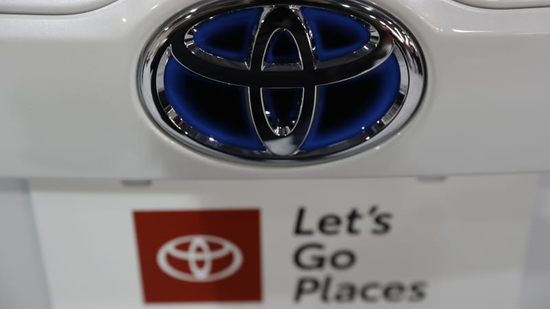 Toyota plans to reopen factories on April 20