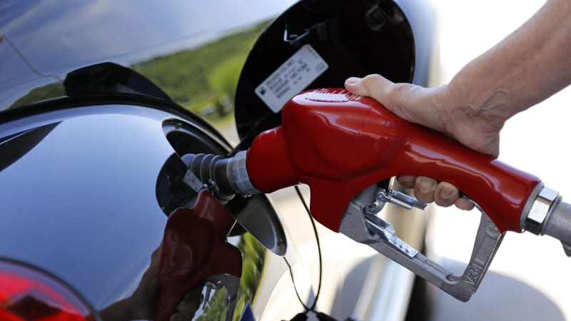 EPA will revise its proposed freeze of vehicle fuel economy rules