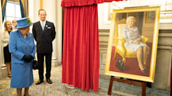 New Portrait Of Queen Elizabeth II Features Her Constant Companion: Her