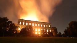 Incendio devasta il Museo Nazionale di Rio de Janeiro, persi reperti