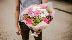 Pour la fête des mères, dites-le avec des fleurs (mais n'achetez pas n'importe
