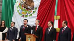 Con escándalo encima, Del Mazo rinde protesta como gobernador del