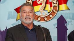 Arnold Schwarzenegger admite haber cruzado la línea con las mujeres varias