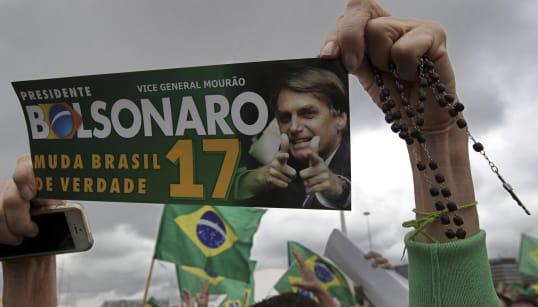 Os indícios de irregularidades na campanha de Bolsonaro, segundo