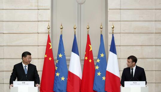 Macron plaide pour un