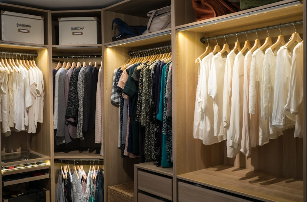 3635c143bab8e Extreme Organizers: How to organize your closet like the pros from ...