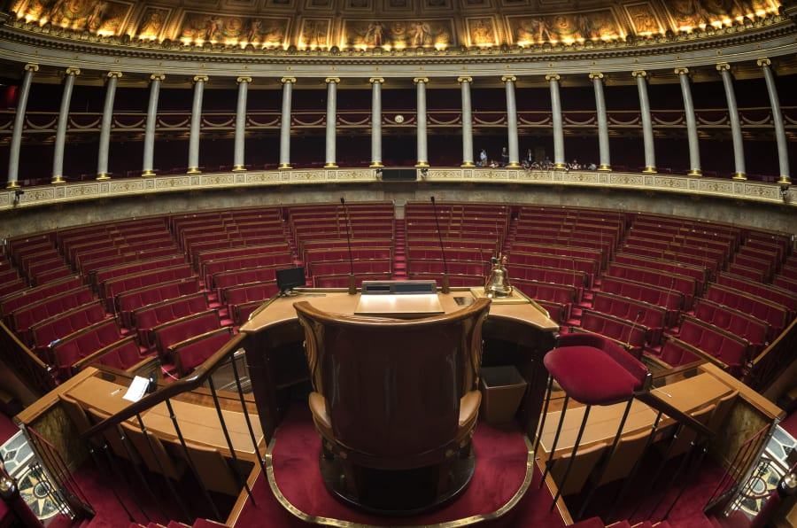 """On a demandé à des """"députés fantômes"""" LREM comment ils justifient leur absence à l'Assemblée"""