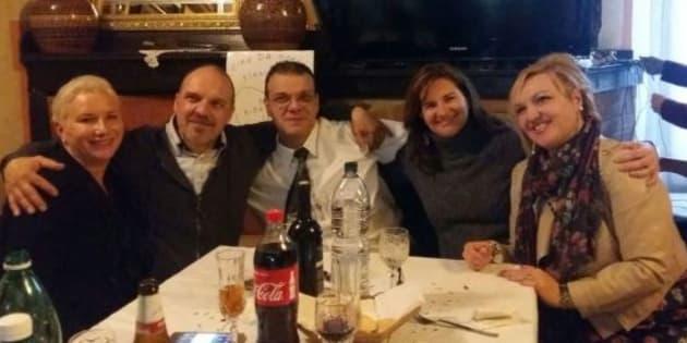 Cinque fratelli adottati da famiglie diverse si incontrano d