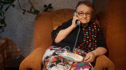 La ingeniosa agenda telefónica que le hace un joven sevillano a su abuela que no sabe