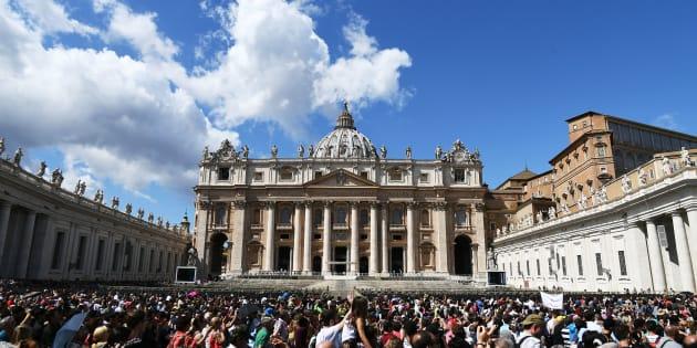 Les vestiges de saint Pierre, présents sous la Basilique vaticane selon la tradition chrétienne, pourraient également se trouver à l'église Santa Maria in Capella.