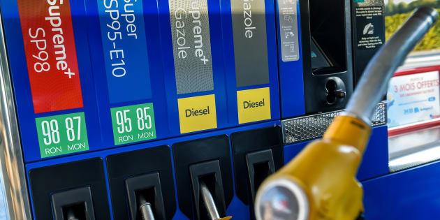Hausse Du Carburant 78 Des Francais Pour Le Blocage Des Routes Le