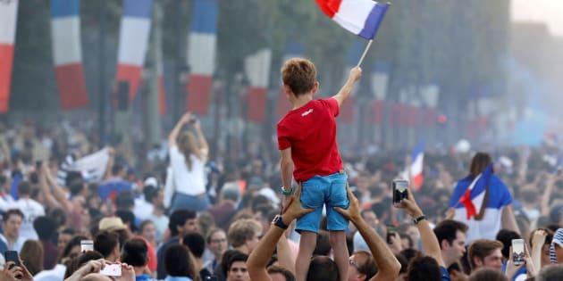 La victoire des Bleus peut-elle nous donner un regard plus positif sur nous-mêmes et sur la France?