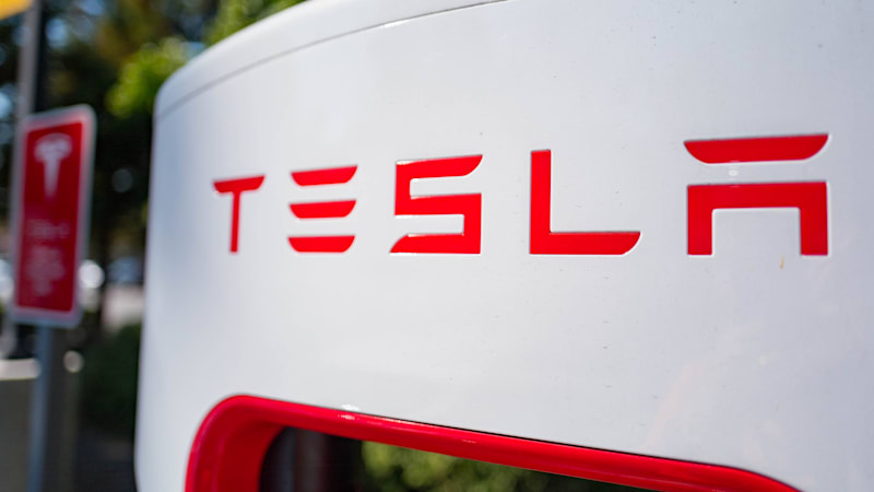 Elon Musk hints at ultra-fast Superchargers way beyond 350