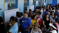 Un pasteur évangélique en tête du 1er tour de l'élection présidentielle au Costa