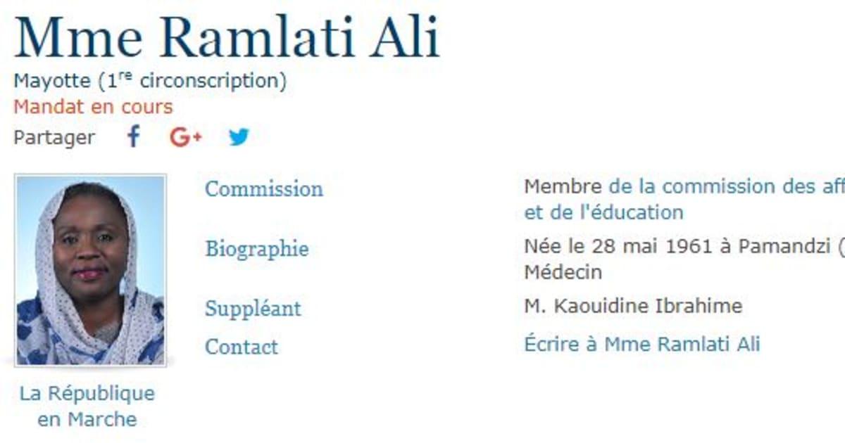 La députéedeMayotteRamlati Ali critiquée pour son châle porté à l'Assemblée nationale