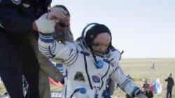 Astronautas regresan a la Tierra con el balón del