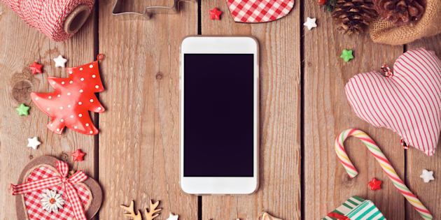 Idee regalo Natale: 10 smartphone in offerta su Amazon