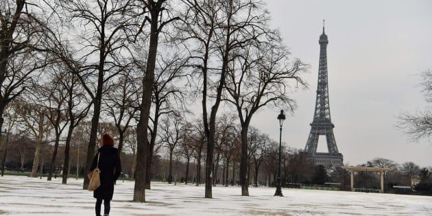"""Vague de froid: le gouvernement annonce une """"mobilisation"""" pour loger les sans-abris."""