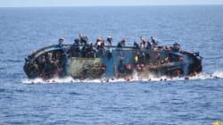 Mueren 90 personas tras naufragar su barco frente a las costas de