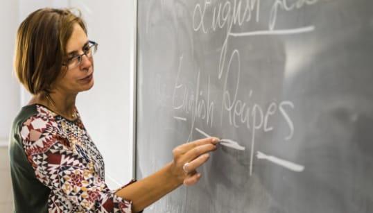 BEFFA PER I PROF - Per i lavoratori della scuola quota 100 sarà quota 104 per la
